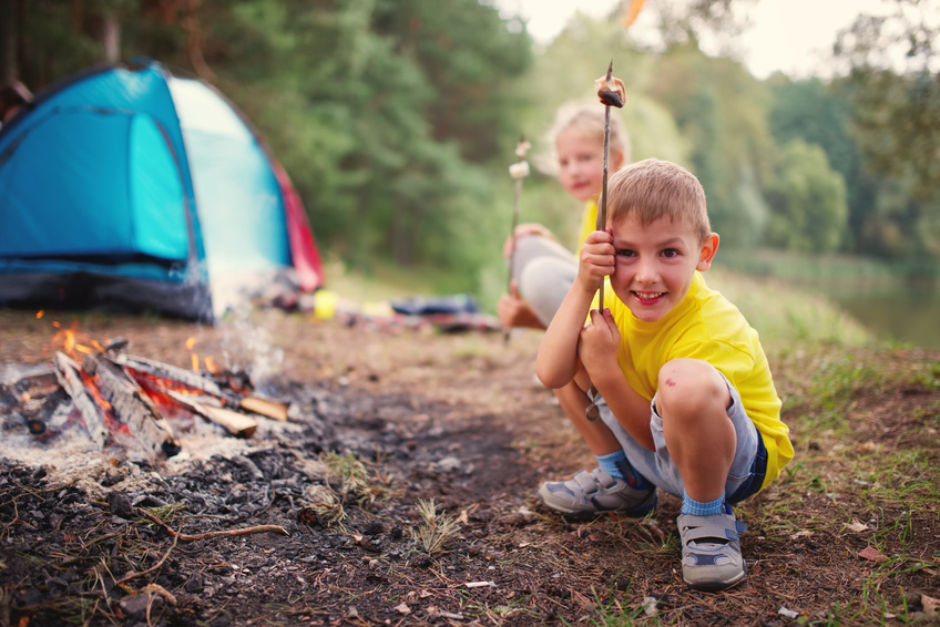 Whitecourt Lions Campground - Roasting Marshmallows with the kids