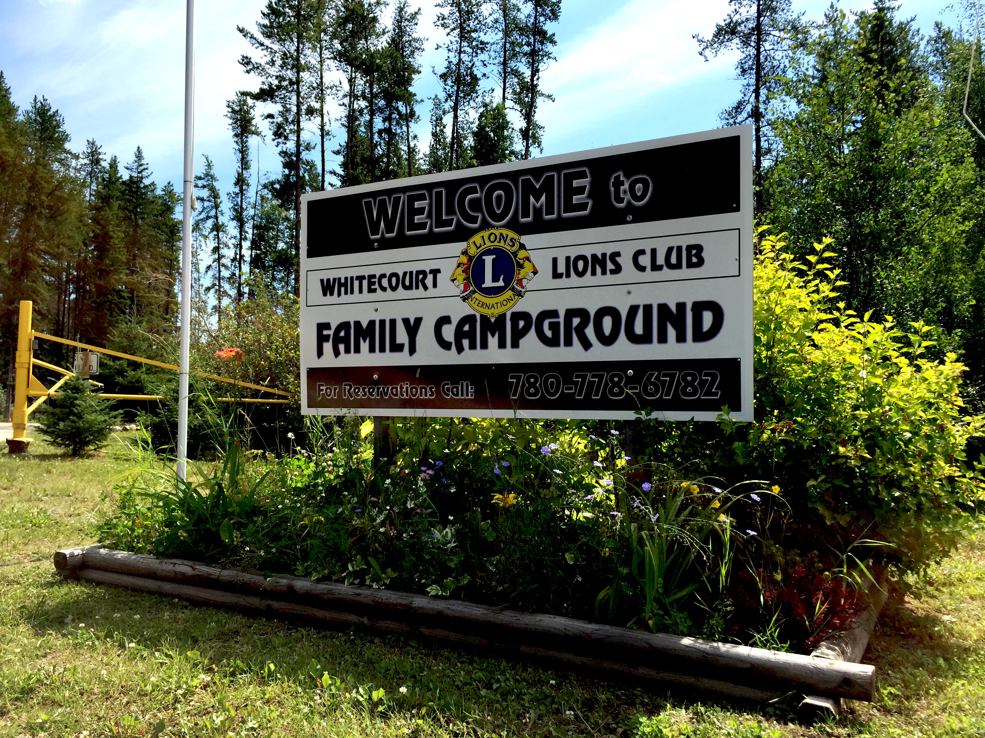 Whitecourt Lions Campground - Affordable Camping in Whitecourt, Alberta. Full Service RV Campsites